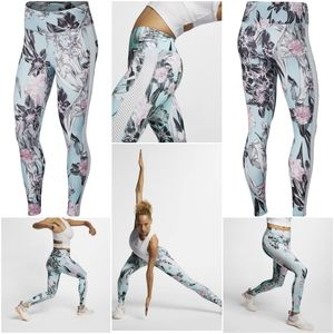Nike Women's All-In Printed Training Tights 1X
